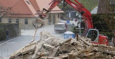 nedrivning af bygning