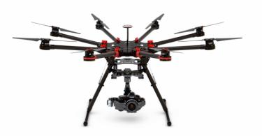 s1000 drone med A2 og gimbal