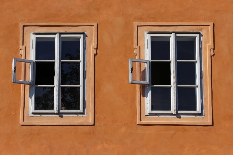 maling af vinduer pris