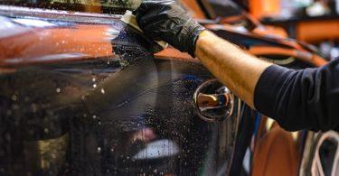 rengøring-af-bil